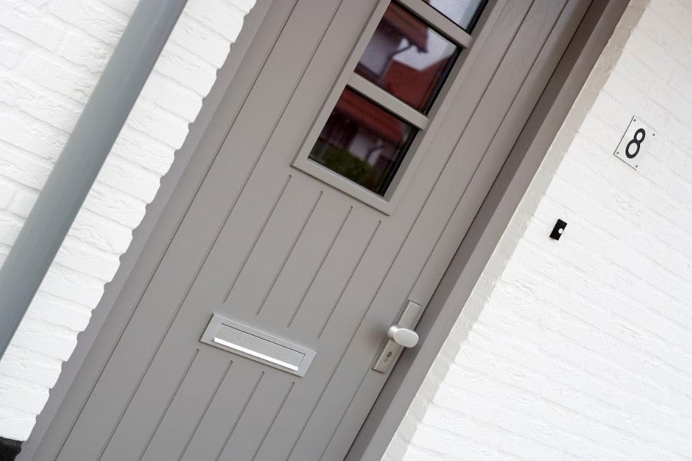 De voordelen van een voordeur met glas