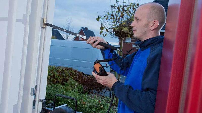 Hoe bepaal je de draairichting van een buitendeur