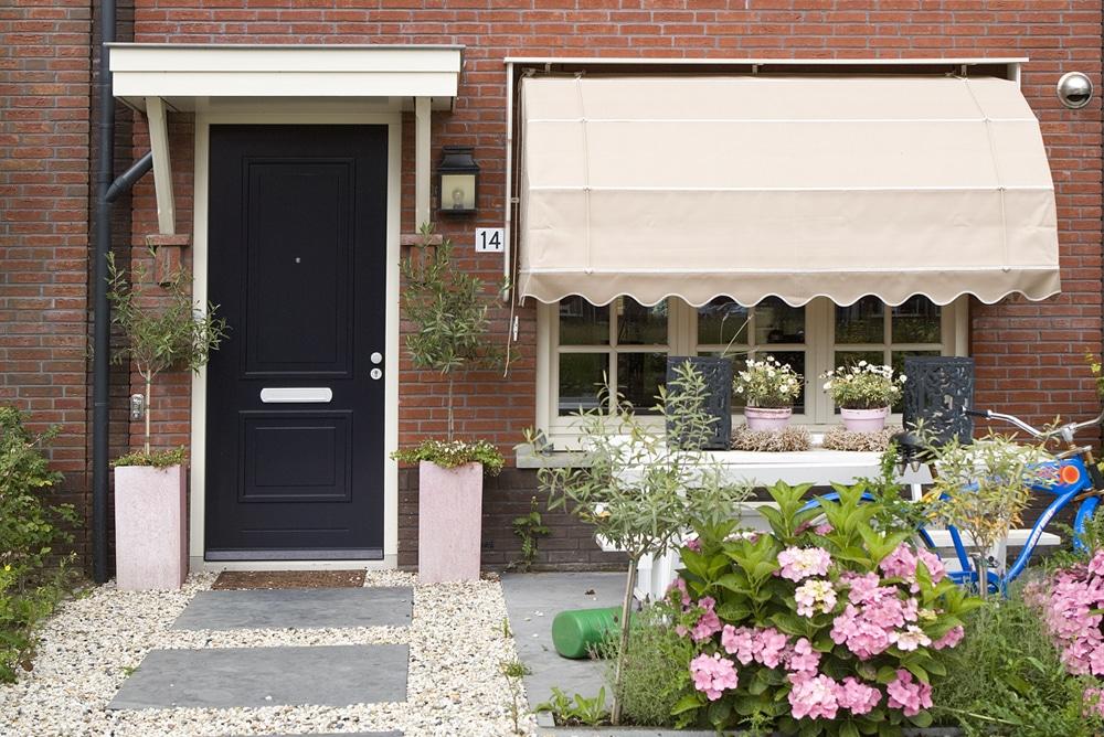Wat is het verschil tussen een opdekdeur en een stompe deur?